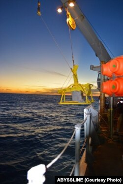 The box core is an excellent piece of sampling equipment because it takes a large chunk of mud out of the seafloor and brings it to the surface, mostly undisturbed.