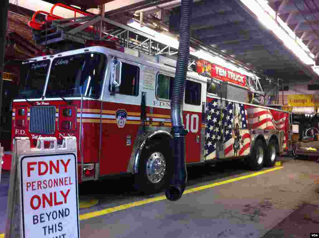 A fire engine at an FDNY station located near the World Trade Center site in New York City. (Photo: VOA / Sandra Lemaire)