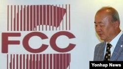 24일 서울에서 외신기자 취임 1주년 외신기자 간담회를 연 류우익 한국 통일부 장관.