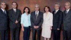 """این افراد به امور جامعه بهاییان در ایران رسیدگی می کردند و از سوی جامعه بهائیان به """"گروه یاران"""" معروفند."""