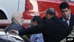 Lực lượng an ninh Cuba áp giải ông Alan Gross ra tòa