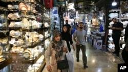 이란 테헤란의 시장. (자료사진)
