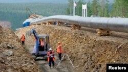 俄羅斯在西伯利亞東部通往亞洲的第一條石油管道。(2007年7月12日)