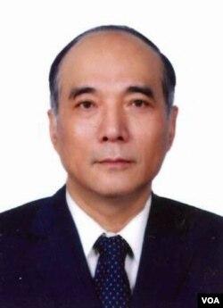 中国文化大学的蔡逸儒教授