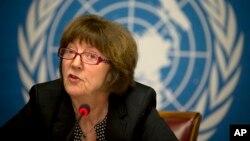 La presidenta de la Comisión de la ONU para los Derechos de los Niños, Kirsten Sandberg, habla durante una conferencia de prensa en Ginebra.
