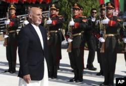 아슈라프 가니 아프가니스탄 대통령이 19일 카불에서 열린 독립기념일 행사에 참석했다.