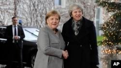 Abayobozi ba za reta Theresa May w'Ubwongereza na Angela Merkel w'Ubudage