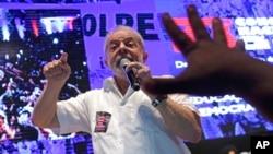 Lula da Silva fala a apoiantes