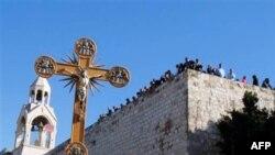 Բեթղեհեմում կաթոլիկ և բողոքական ուխտագնացները տոնում են Սուրբ Ծնունդը