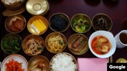 Kimchi: the Good Mood Korean Food