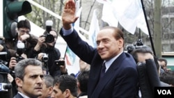 Los fiscales consideran que Berlusconi cometió fraude fiscal al vender los derechos de filmación de su emporio televisivo Mediaset.