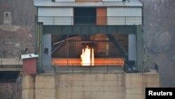 北韓進行新型的高功率火箭發動機的地上點火試驗