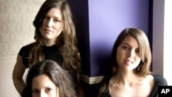 The Wailin' Jennys: Nicky Mehta, Ruth Moody and Heather Masse