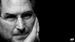 史蒂夫.喬布斯去世後﹐他創建的蘋果公司何去何從﹐受到關注