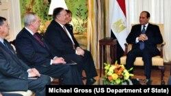دیدار مایک پمپئو با عبدالفتاح السیسی در وزارت خارجه آمریکا