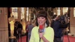 Liputan Karpet Merah Oscar 2013 - VOA untuk Planet Info