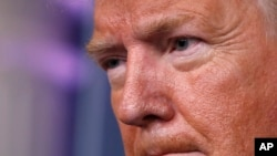 El presidente Donald Trump durante una sesión informativa sobre el coronavirus en la sala de prensa James Brady Press de la Casa Blanca.
