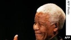 Cənubi Afrikanın ilk qaradərili prezidenti Nelson Mandelanın 92 yaşı tamam oldu