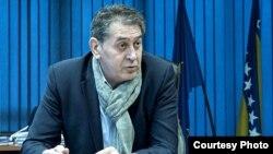 Direktor Službe za poslove sa strancima Slobodan Ujić kaže da boravak u BiH moraju prijaviti samo odgovorne osobe u stranim firmama, a to su uglavnom Bosanci i Hercegovci (Foto: CIN)