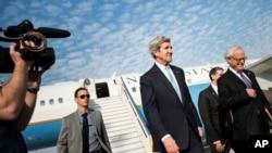 美國國務卿克里1月2日抵達特拉維夫