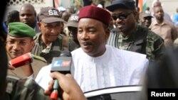 Presiden Niger Mahamadou Issoufou tidak meraih suara mayoritas dalam pilpres putaran pertama (foto: dok).