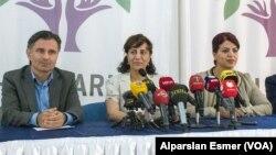 HDP İl Eş Başkanı Hafize İpek,