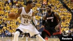 Paul George de los Indiana Pacers logró anotar 37 puntos para cargar a su equipo a una victoria, mientras que LeBron James fue limitado a su peor marca personal de siete puntos.