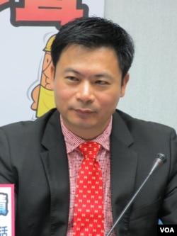 国民党立委 吴育仁 (美国之音 张永泰拍摄)