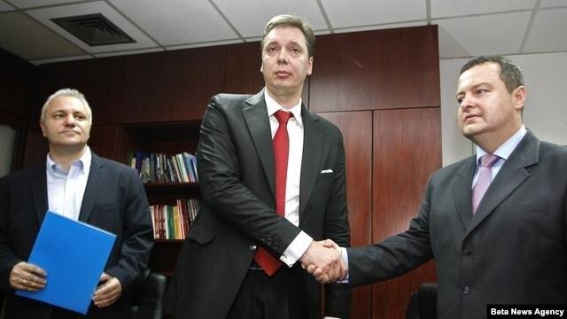 Predstavnici SNS, SPS, PUPS, JS i URS potpisali su sporazum o zajedničkom političkom delovanju.