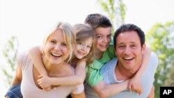 Среќните живеат подолго