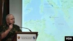 Letnan Jenderal NATO Charles Bouchard