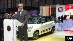 Predsednik Srbije Boris Tadić se obraća prisutnima na Medjunarodnom sajmu automobila u Ženevi gde je danas predstavljen novi model Fijata 500 L koji će se proizvoditi u kragujevačkoj fabrici.