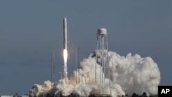 安塔爾火箭星期日在美國東岸升空測試