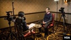 台灣總統候選人國民黨主席朱立倫11月14日在紐約接受美國之音記者鄭裕文專訪( 美國之音方正)