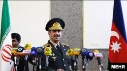 Müdafiə naziri Zakir Həsənov İranda rəsmi səfərdədir