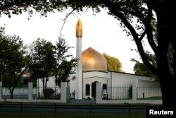 نیوزی لیند کے شہر کرائسٹ چرچ میں فائرنگ کا نشانہ بننے والی النور مسجد۔ 15 مارچ 2019