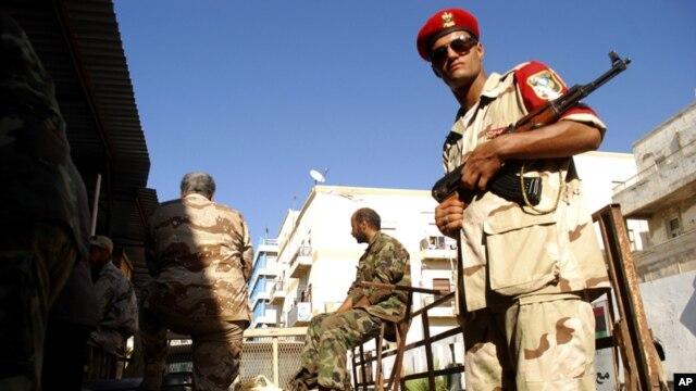 Lực lượng an ninh LIbya tại Benghazi.