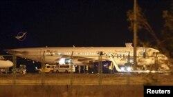 Máy bay chở khách của Syria bị buộc phải đáp xuống sân bay Esenboga, ở Ankara, Thổ Nhĩ Kỳ, 10/10/12