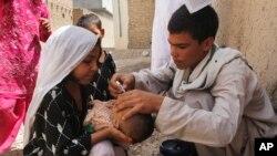 ماشومانو ته د گوزڼ ضد واکسین کول