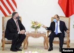 Ngoại trưởng Mike Pompeo thăm Việt Nam ngày 30/10/2020.