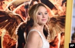 "Jennifer Lawrence tiba di pemutaran perdana film ""The Hunger Games: Mockingjay - Part 1"" di Nokia Theatre L.A. (Foto: dok.)"