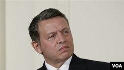 Raja Yordania Abdullah mengatakan akan mundur bila ia berada dalam posisi Presiden Assad (14/11).