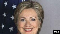 Hillary Clinton felicitó a Serbia por contribuir a la integración europea.