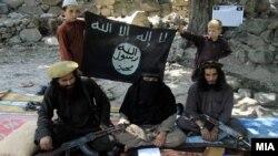 مقامات افغان ادعا کرده اند که قاضی عمومی داعش، دو مسؤول تعلیمی، برادر حافظ سعید رهبر پیشین این گروه شامل کشتهشدگان اند