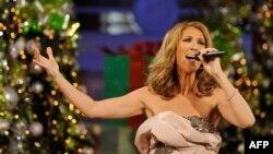 Ünlü Şarkıcı Celine Dion İkizleriyle Çok Mutlu