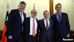 De izquierda a derecha ministros de Finanzas, Mauricio Cárdenas de Colombia, Rodrigo Valdés de Chile, José Antonio Meade de México y Alfredo Thorne, de Perú.