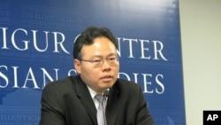 """美国乔治华盛顿大学访问学者张谦彦4月6日在华盛顿举办的""""台湾与APEC""""座谈会上讲话"""