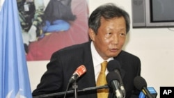 Choi Youn-jin of South Korea, the United Nation's envoy to Ivory Coast, speaks in Abidjan, 24 Sep 2010, during a press conference where he certified the final electoral list ahead of the of October 31 presidential elections