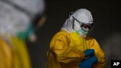 La embajada de Estados Unidos en Nicaragua, confirmó que su funcionario visitó el país africano, pero negó que hubiera estado expuesto al mortal virus.
