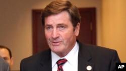 존 개러멘디 민주당 하원의원.